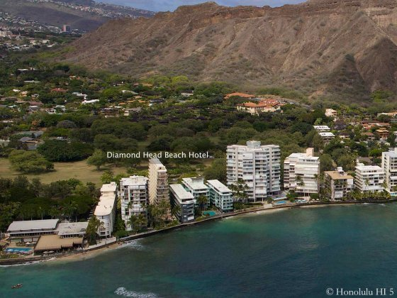 Gold Coast in Diamond Head with Diamond Head Beach Hotel Highlighted - Aerial Photo