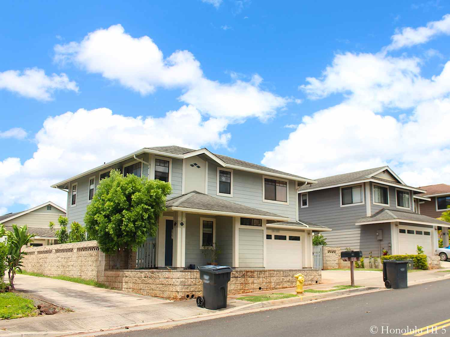 Typical Looking Royal Kunio Homes in Beige Color on Small Lot