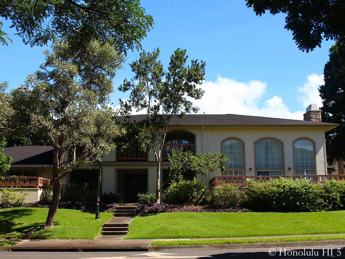 Townhouse at Hampton Court in Mililani Mauka