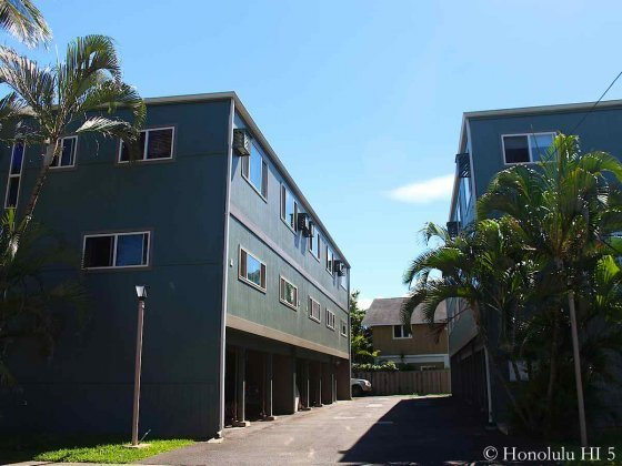 Sunset Shores on Oahu's North Shore - Two Separate Low Rise Buildings