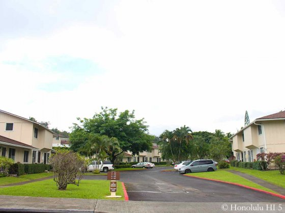 Ahuimanu Gardens Townhouses with Parking Structure in the Middle