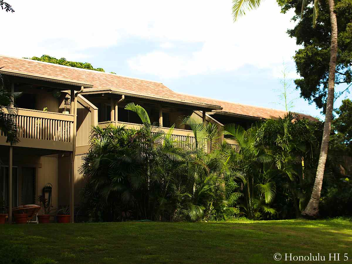 Yacht Club Knolls Townhomes in Kaneohe