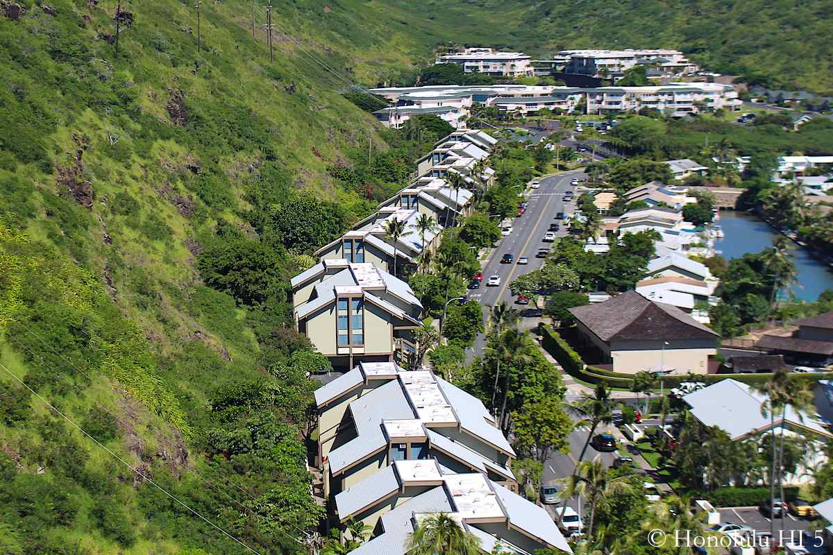 Kawaihae Crescent West in Hawaii Kai