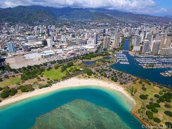 Condos in Ala Moana with Beach Park in Front - Aerial Photo