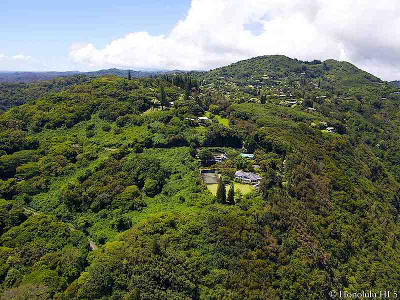 Home in Tantalus with Tennis Court - Aerial Photo