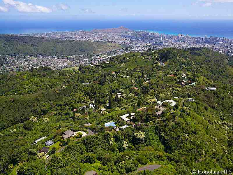 Tantalus Homes Aerial Photo with Diamond Head in Distance