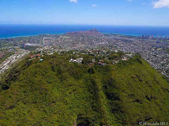 Maunalani Heights Homes - Top of Wilhelmina Rise