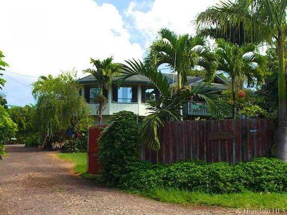 Pupukea House With Lots of Lush Green Around