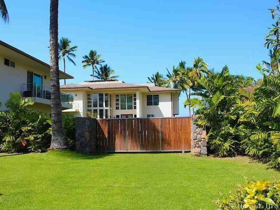 Newer Mokuleia Home
