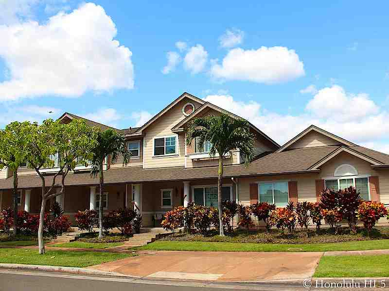 Spinnaker Townhomes in Ewa