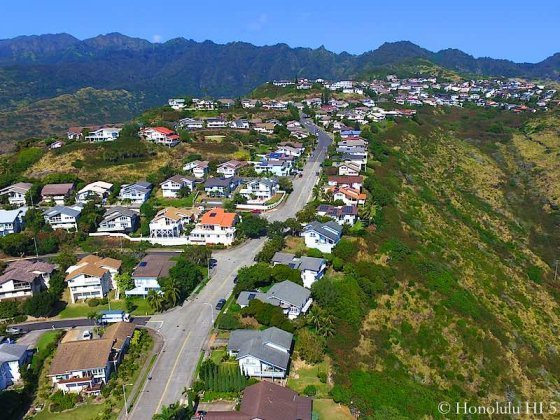 Mariners Ridge Homes in Hawaii Kai - Drone Photo