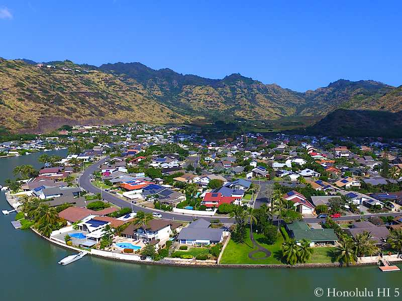 Mariners Cove Waterfront Homes in Hawaii Kai - Drone Photo