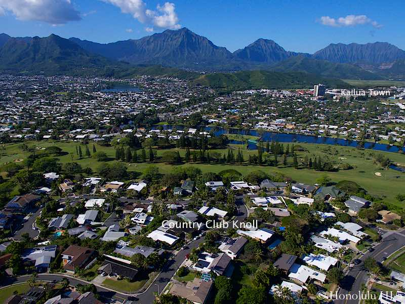 Country Club Knolls Kailua Homes with Golf Course and Mountain Backdrop