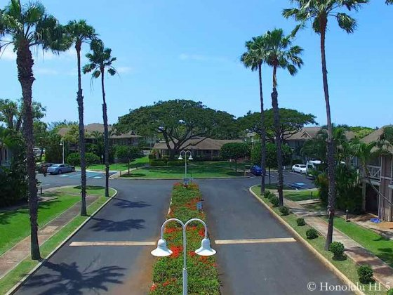Kekuilani Villas Complex Entrance