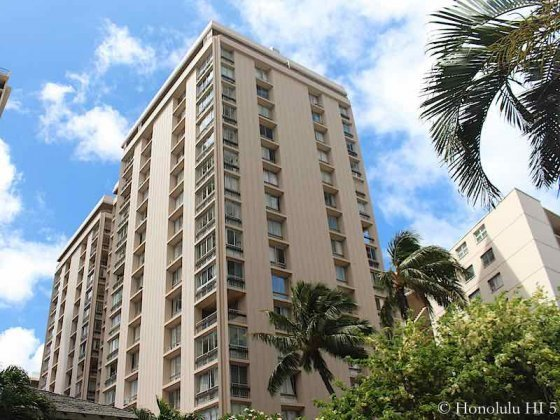 Palms Inc in Waikiki