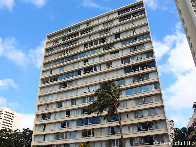 Seaside Towers in Waikiki