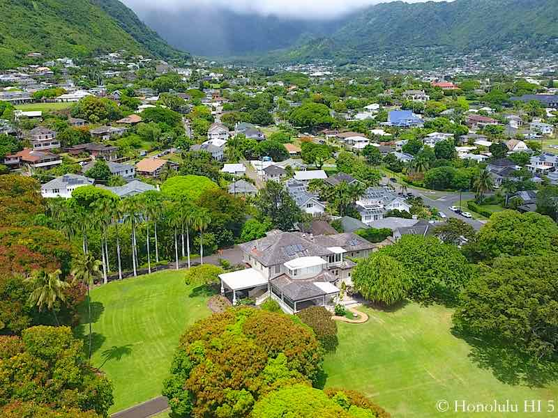 Luxury Estate Sized Home in Manoa - Drone Photo