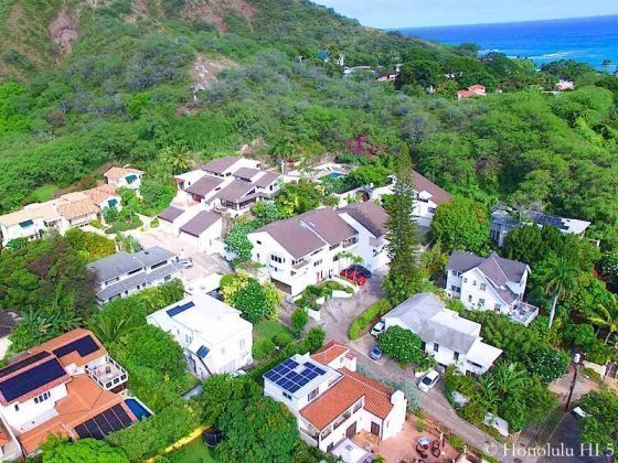 Hibiscus Drive Homes and Townhomes in Diamond Head - Drone Photo