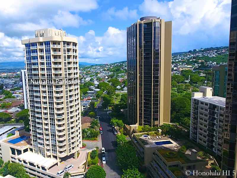 Nuuanu Parkside Condo in Honolulu - Drone Photo