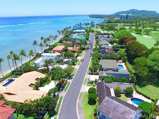Kai Nani Honolulu Golf Course Front and Beachfront Homes