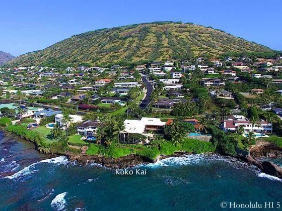 Koko Kai Honolulu Luxury Homes Hanging on Oceanfront Cliff