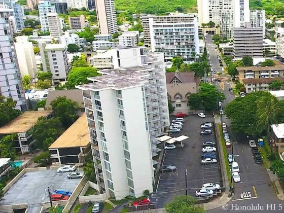 Consulate Condo in Honolulu