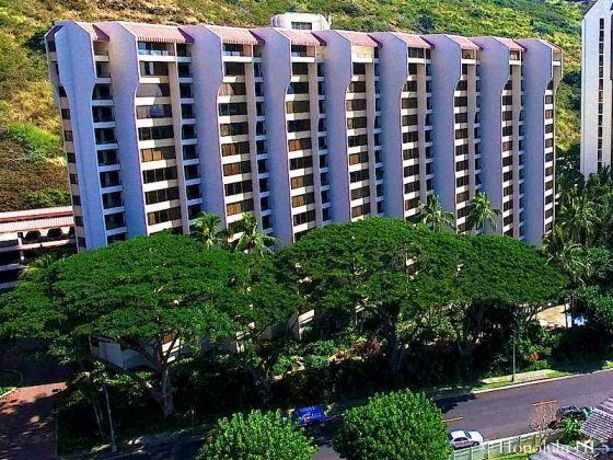 Commodore Hawaii Kai - Drone Photo