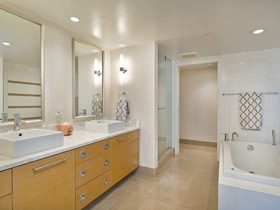 Koolani Master Bathroom