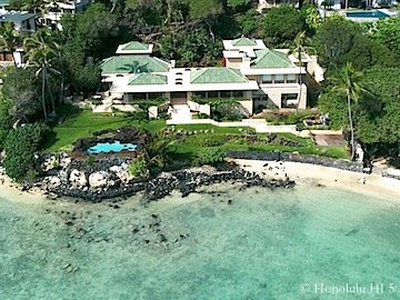 Royal Circle Oceanfront Honolulu Home - Drone Photo