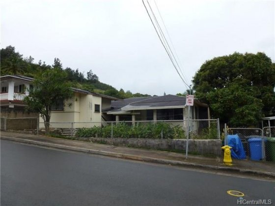 Kalihi/Liliha House (undisclosed address) 201605584