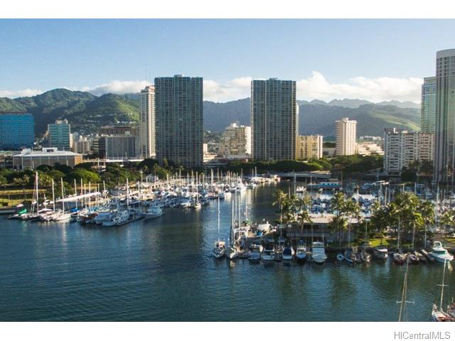 Yacht Harbor Towers #603 201622088