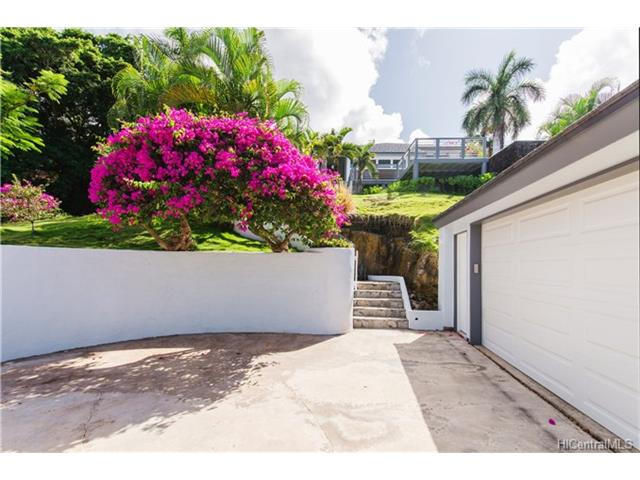 7 Lumahai Street (Portlock) 201623238 photo 1
