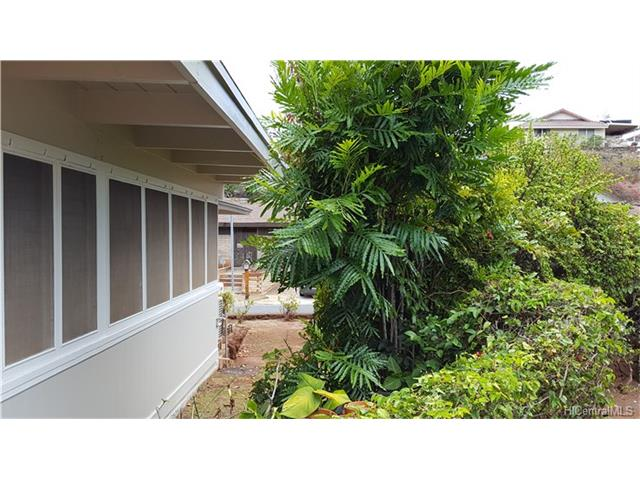 4761 LIKINI Street (Salt Lake/Moanalua) 201626789 photo 14