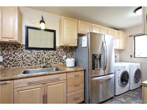 Parkview Village Condo #6G 201630938