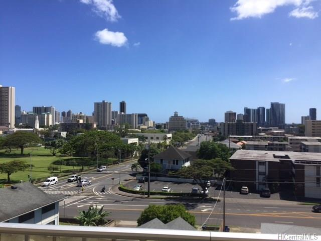 Makiki Colony #607 201709902