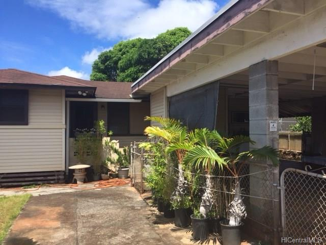 Pearl City / Pearlridge House (undisclosed address)