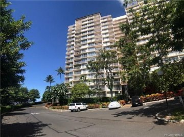 Makaha Valley Towers #1003