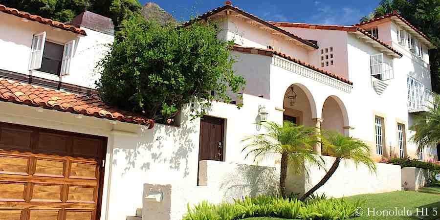 Spanish inspired home on Makalei Place in Diamond Head