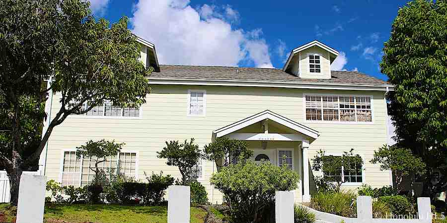 Beautiful Home in Aiea