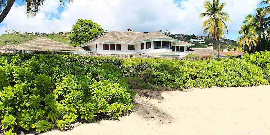 A Home on Aina Haina Beach