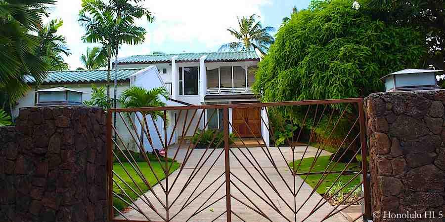 House in Paiko Lagoon