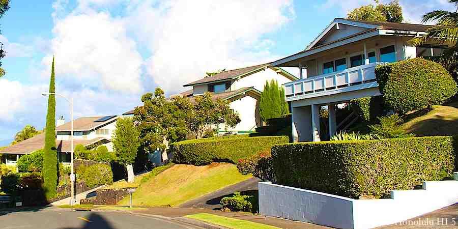 Homes on Waialae Nui Ridge