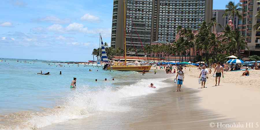 royal-moana-beach-waikiki