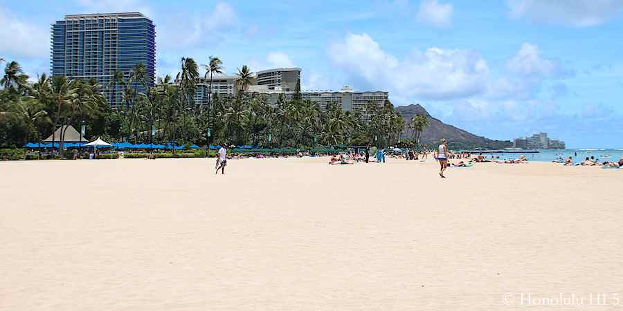 view-of-waikiki-hotels-ocean-diamond-head-from-kahanamoku-beach