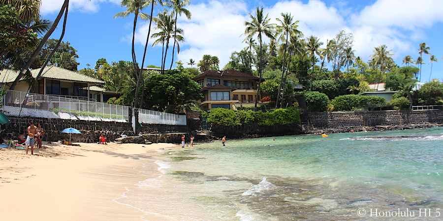 Cromwell's Beach Cove / Kaalawai Beach