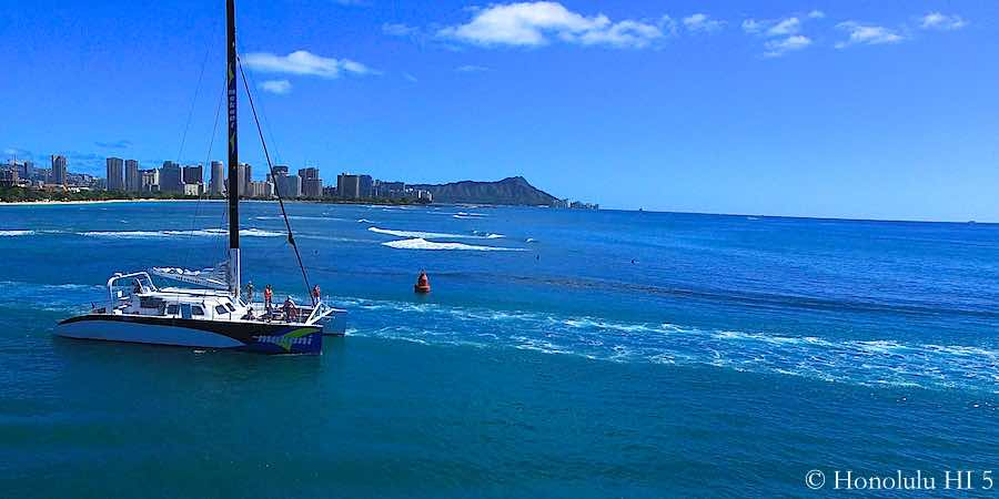 Guide to fishing in hawaii oahu maui kauai big island for Shore fishing oahu