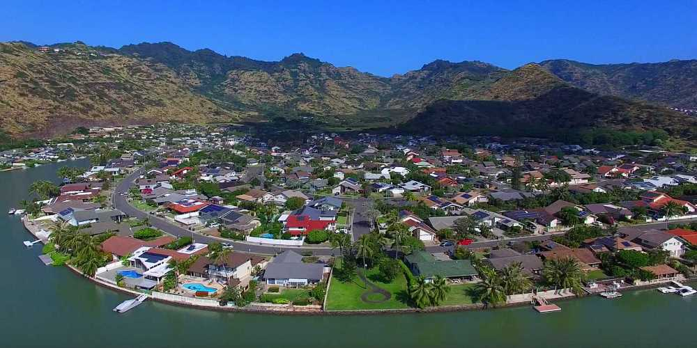 Mariners Cove Marina Front Homes in Hawaii Kai - Aerial Photo