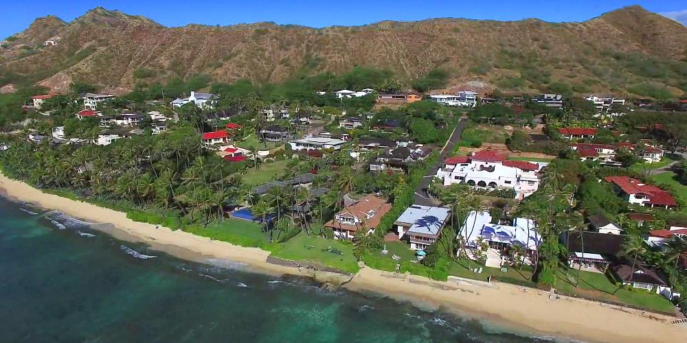 Diamond Head Beachfront Homes - Drone Photo