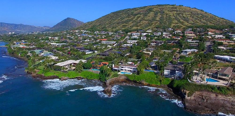 Koko Kai Oceanfront Homes Hanging on Cliff - Drone Photo
