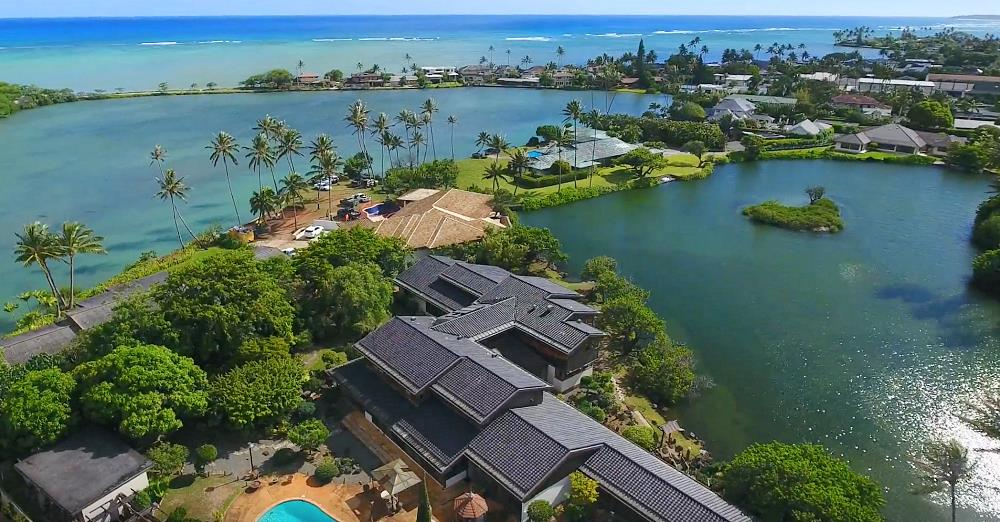 Paiko Lagoon Oceanfront Homes - Drone Photo